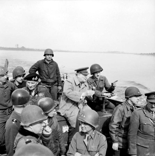 Prime_Minister_Winston_Churchill_Crosses_the_River_Rhine,_Germany_1945_BU2248