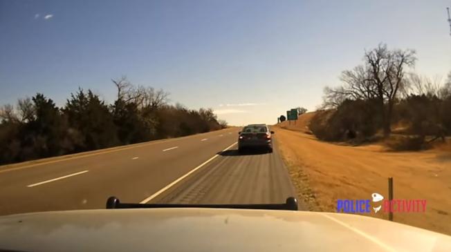 OklahomaPoliceChase-09