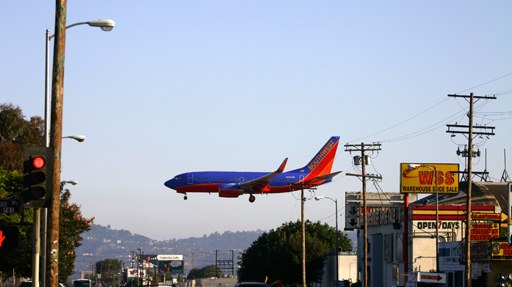 Airliner crosses Vineland Avenue North Hollywood while landing at Burbank Airport