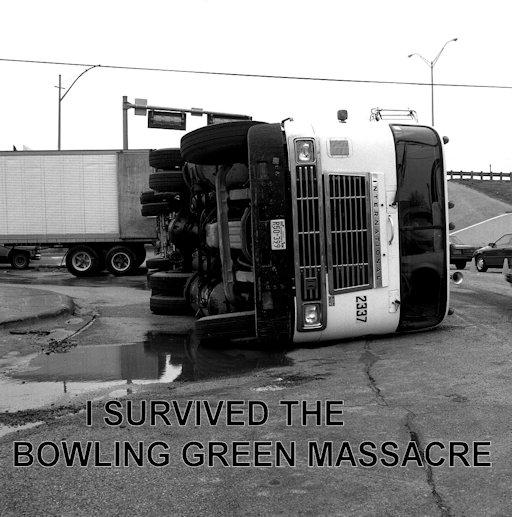 politics-trumpbowlinggreentruck-01